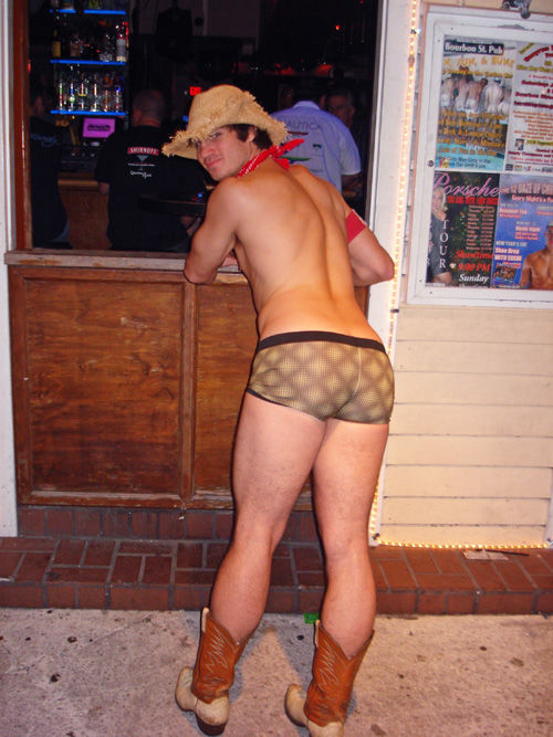 The naked cowboy butt